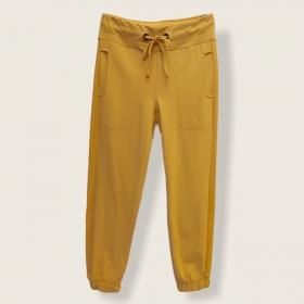 Calça Confort jogger amarela