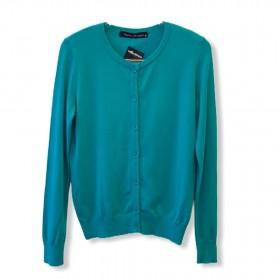 Casaco tricô básiquinho com botões verde