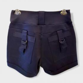 Short marinho com detalhe bolso
