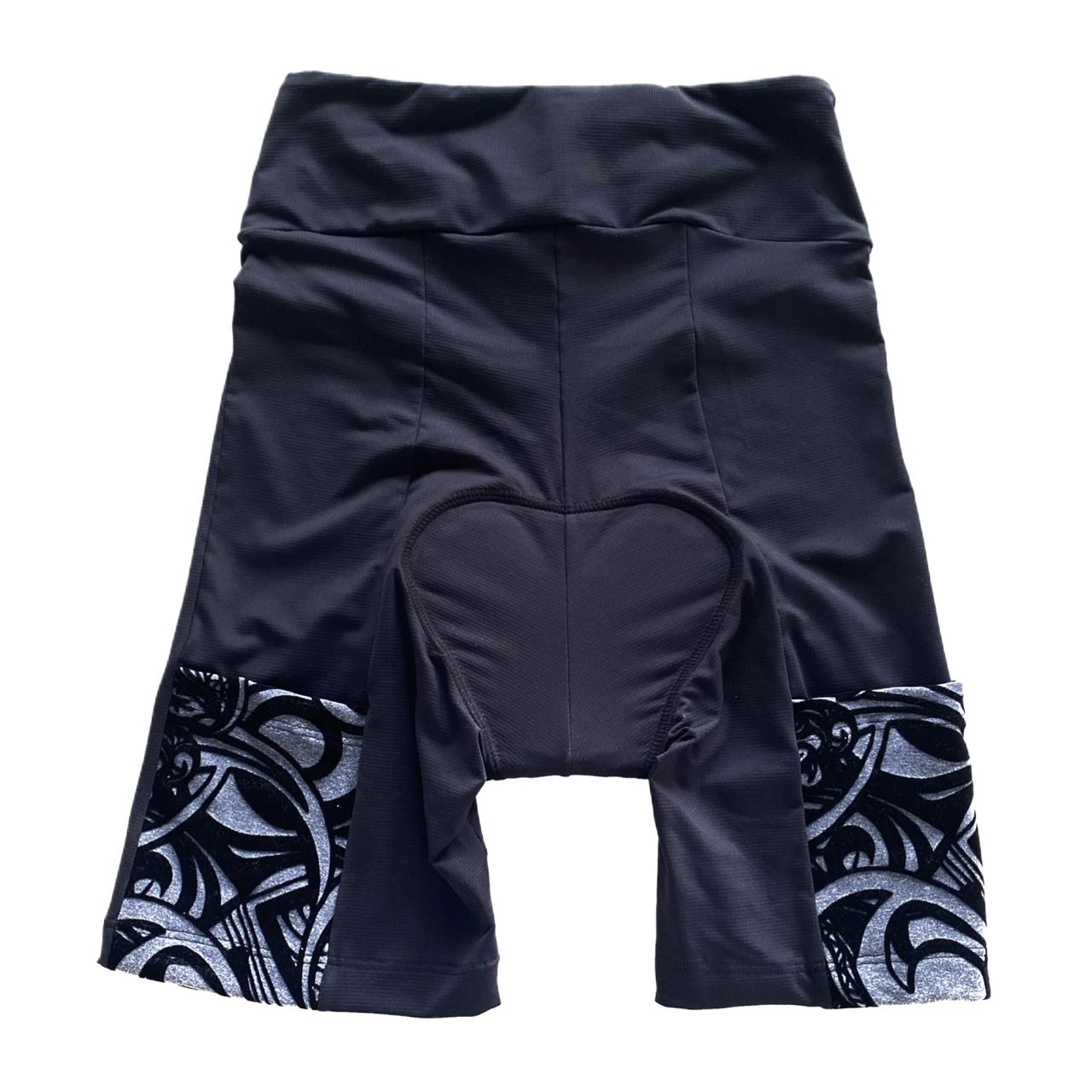 Bermuda de ciclismo em compress unissex preta bolso cinza aveludado  - Vivian Bógus
