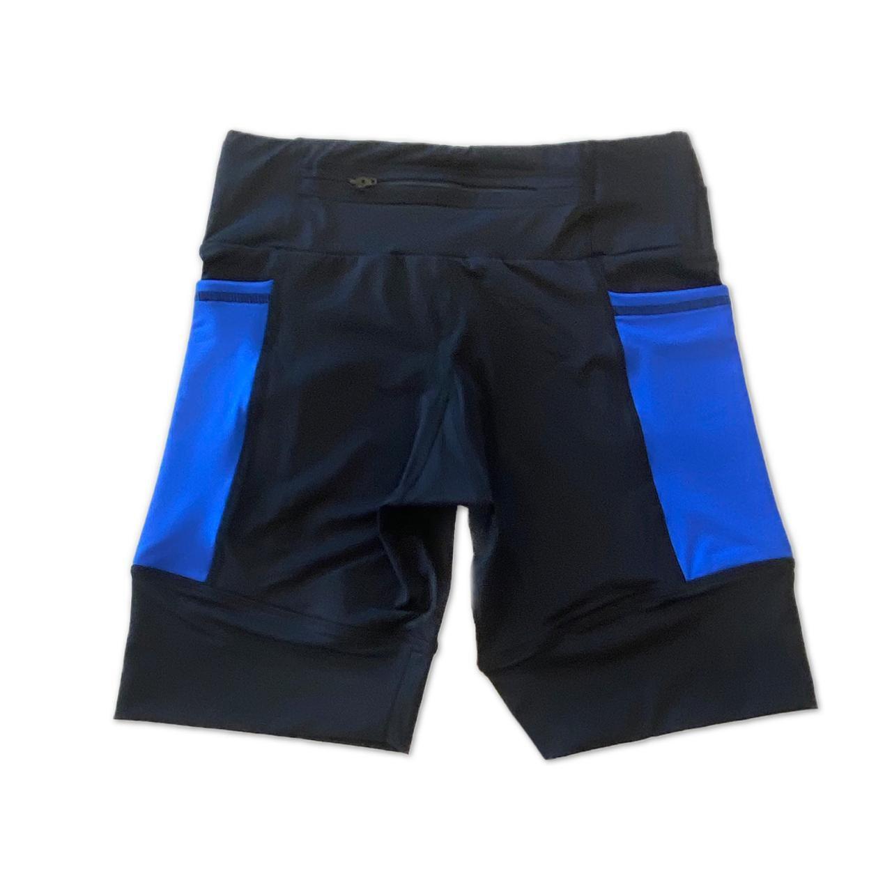 Bermuda de compressão masculina - unissex 1500 bolsos quadrados em sportiva preta bolso azul royal  - Vivian Bógus