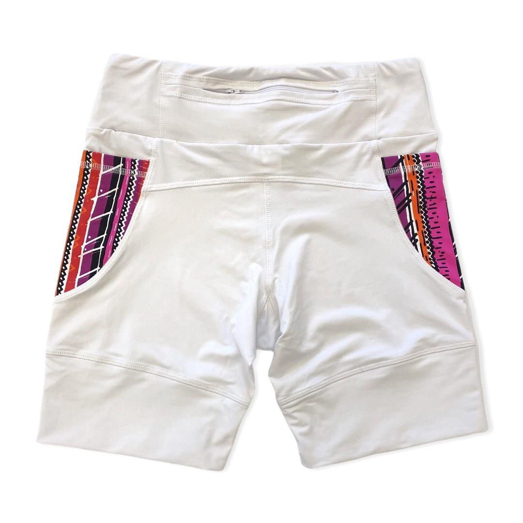 Bermuda de compressão modelagem unissex 1500 bolsos em compress branca bolsos estampa tribal