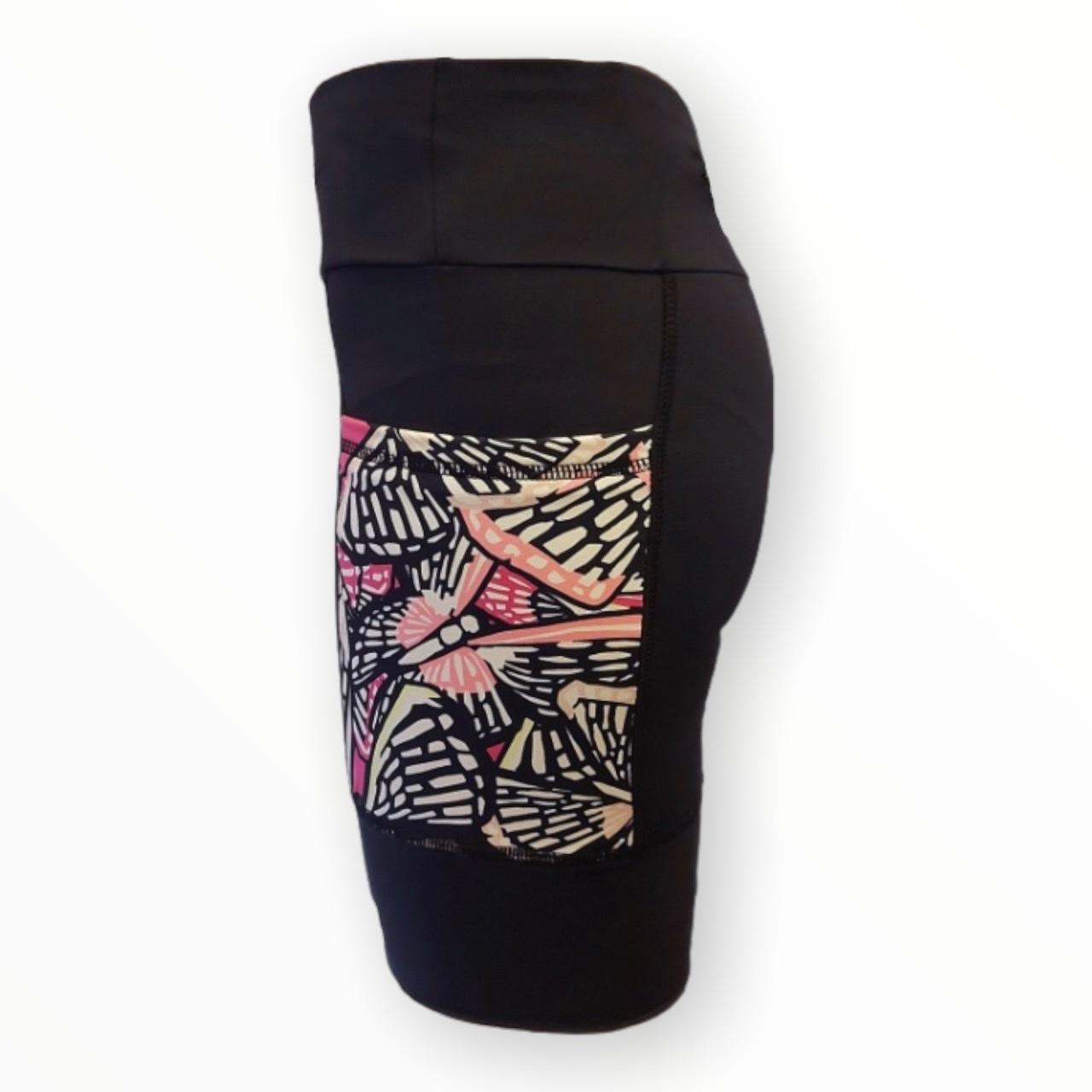 Bermuda de compressão unissex Square (2 bolsos) em compress preto bolsos estampa borboletas