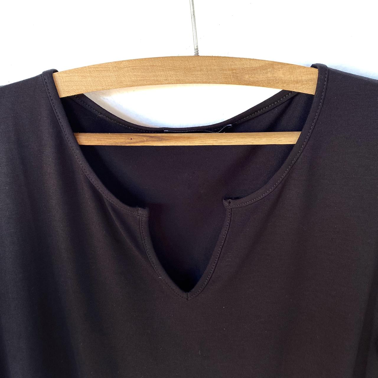 Blusa decote careca com vezinho  - Vivian Bógus