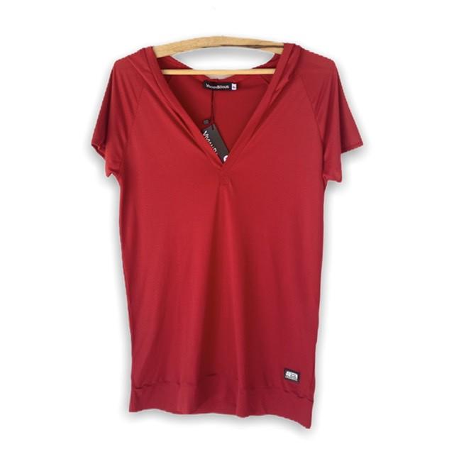 Blusa decote V com capuz  vermelha  - Vivian Bógus