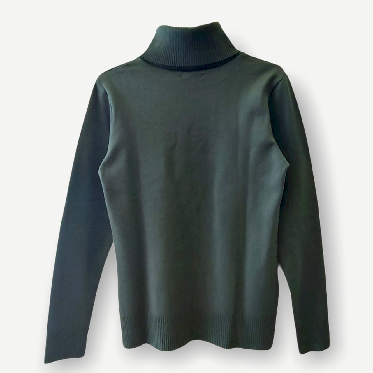 Blusa gola rolê verde tricot  - Vivian Bógus