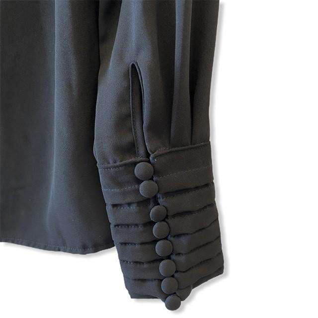 Blusa punho pregueado preta  - Vivian Bógus
