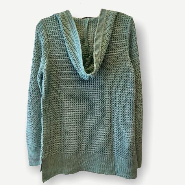 Blusa Bianca capuz e bolso verde tricot  - Vivian Bógus