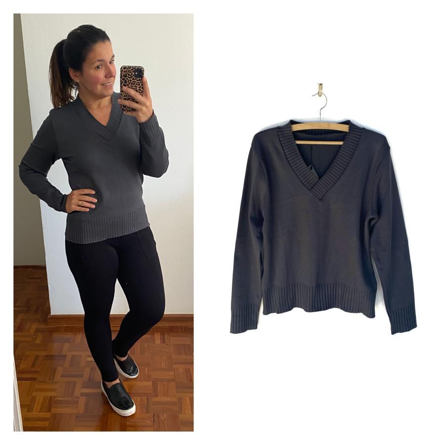 Blusa tricô decote V cinza  - Vivian Bógus