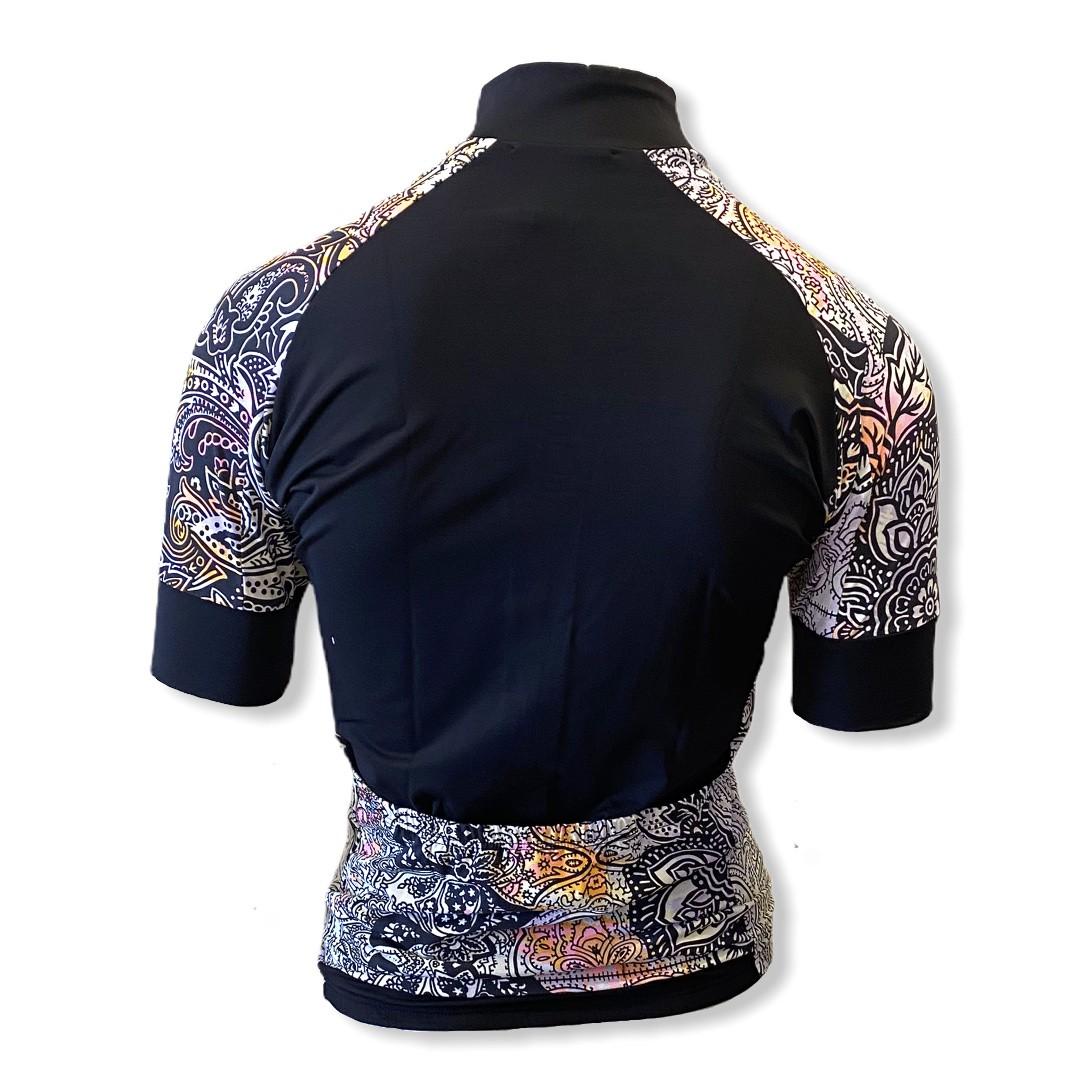 Blusa ziper ciclismo em tecido de compressão preta lateral cashmere   - Vivian Bógus