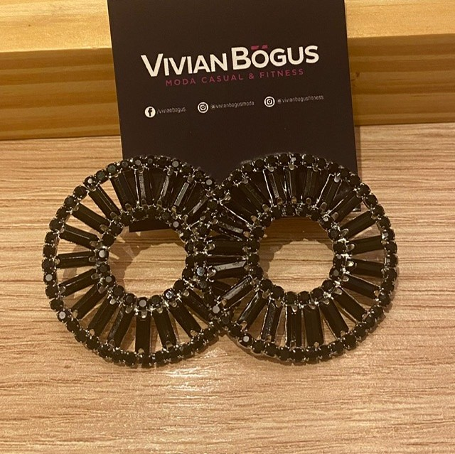 Brinco redondo preto  - Vivian Bógus