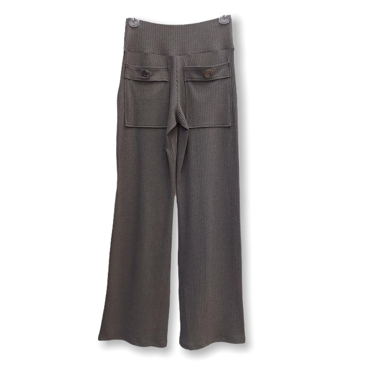 Calça canelada com ilhós nos bolsos cinza  - Vivian Bógus