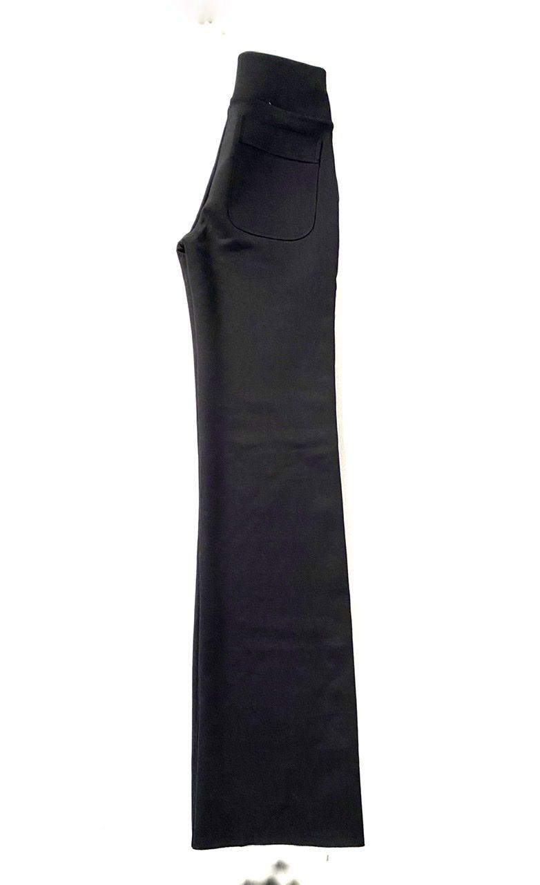 Calça Flare amarração em Radiosa Plus preta  - Vivian Bógus
