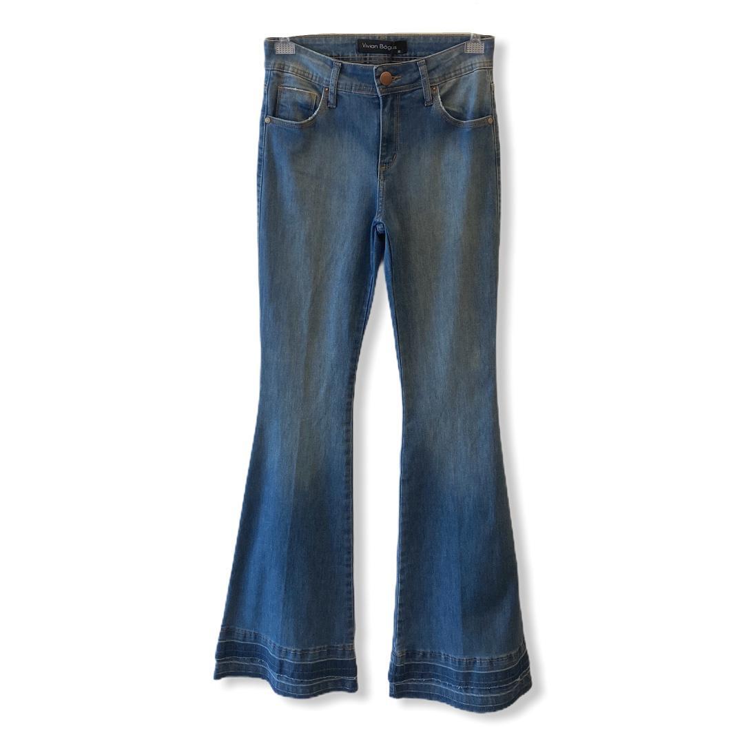 Calça Jeans Flare com barrado  - Vivian Bógus