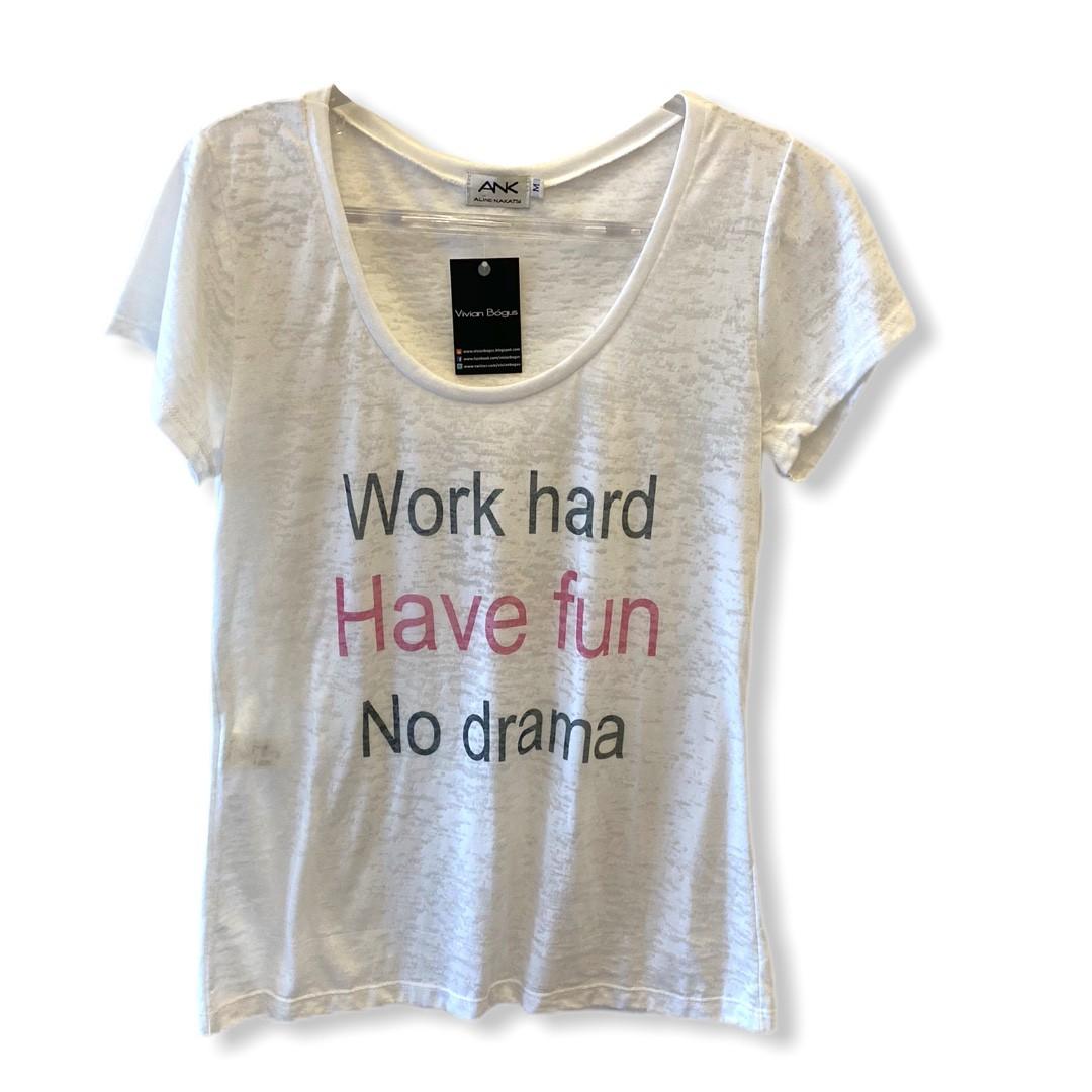 Camiseta devorê Work Hard  - Vivian Bógus