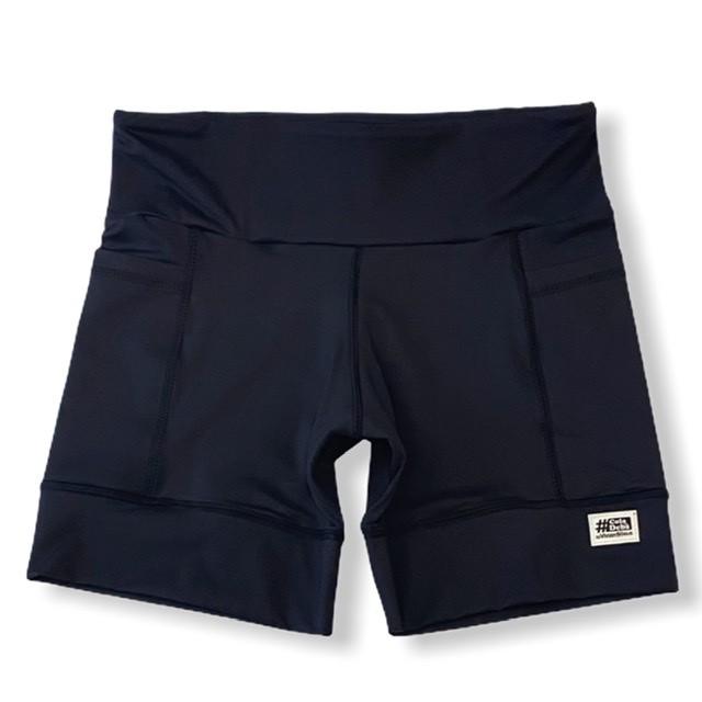 Shorts com bolso secreto em compress preto   - Vivian Bógus