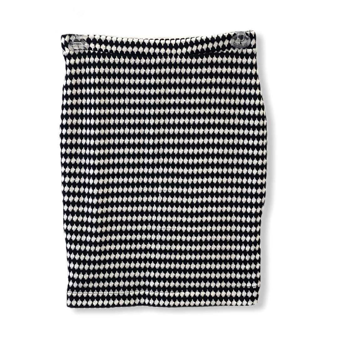 Saia lãzinha xadrez preta e branca  - Vivian Bógus