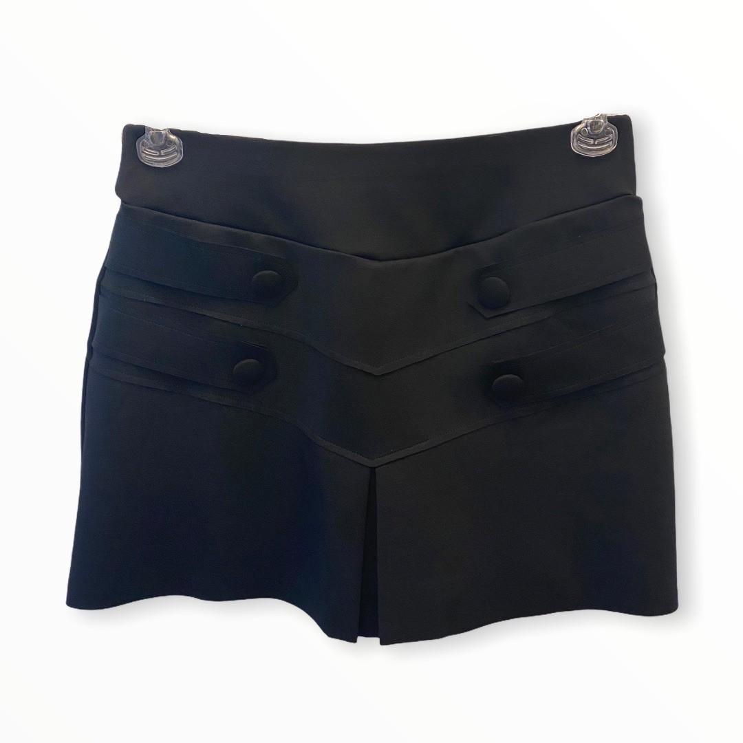 Saia shorts detalhe botões preta  - Vivian Bógus