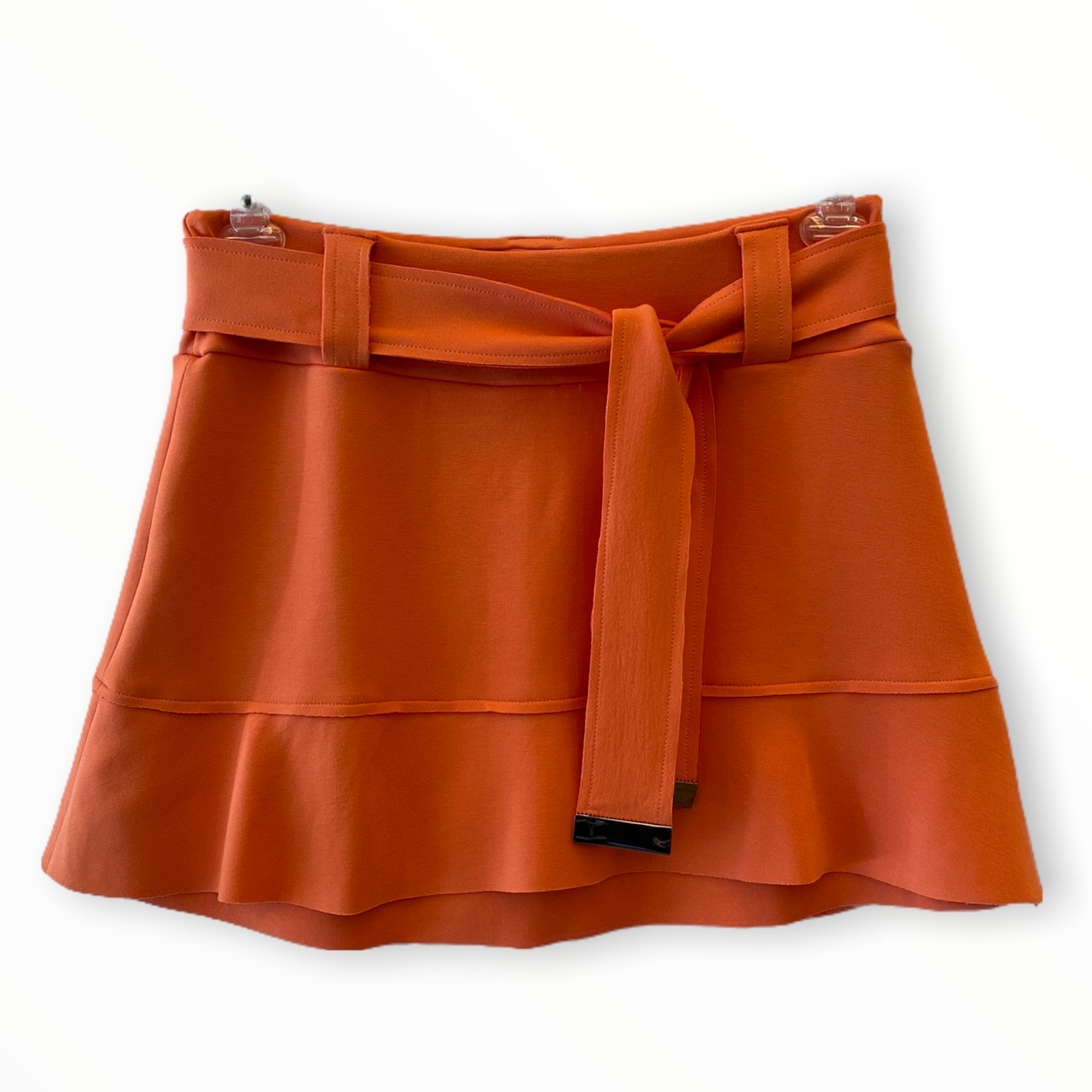Saia shorts Helô laranja