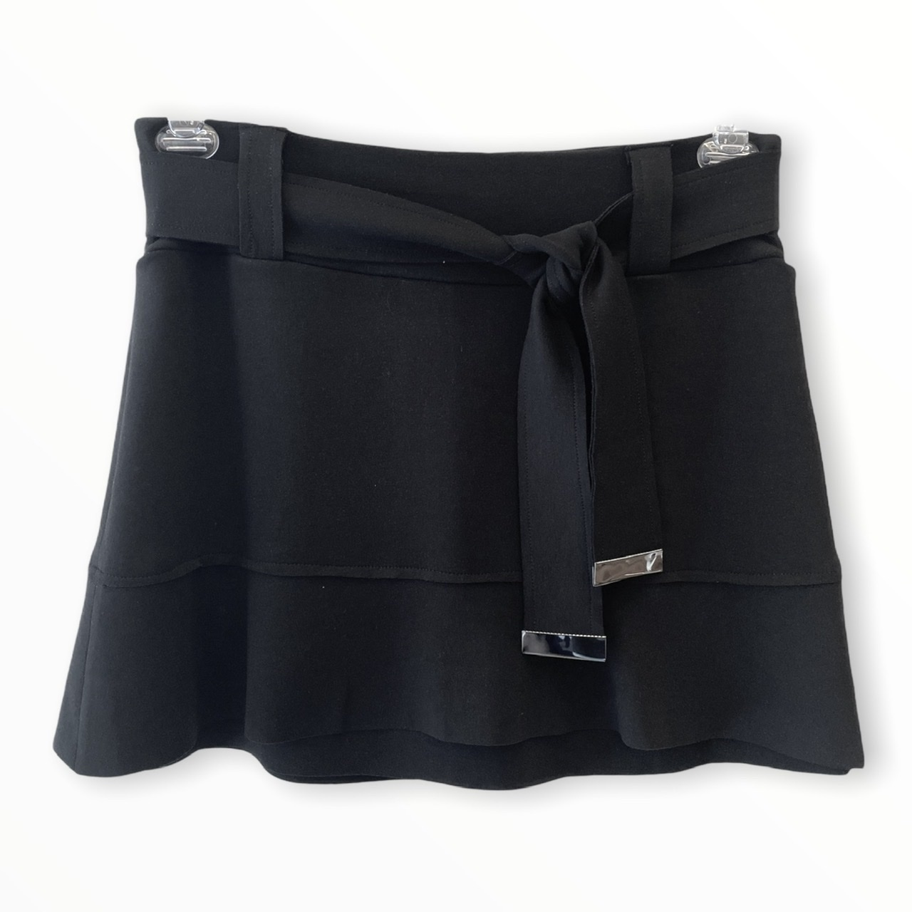 Saia shorts Helô preta