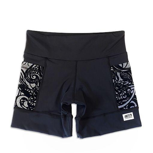 Shorts com bolso secreto em sportiva preto bolso mescla aveludado  - Vivian Bógus