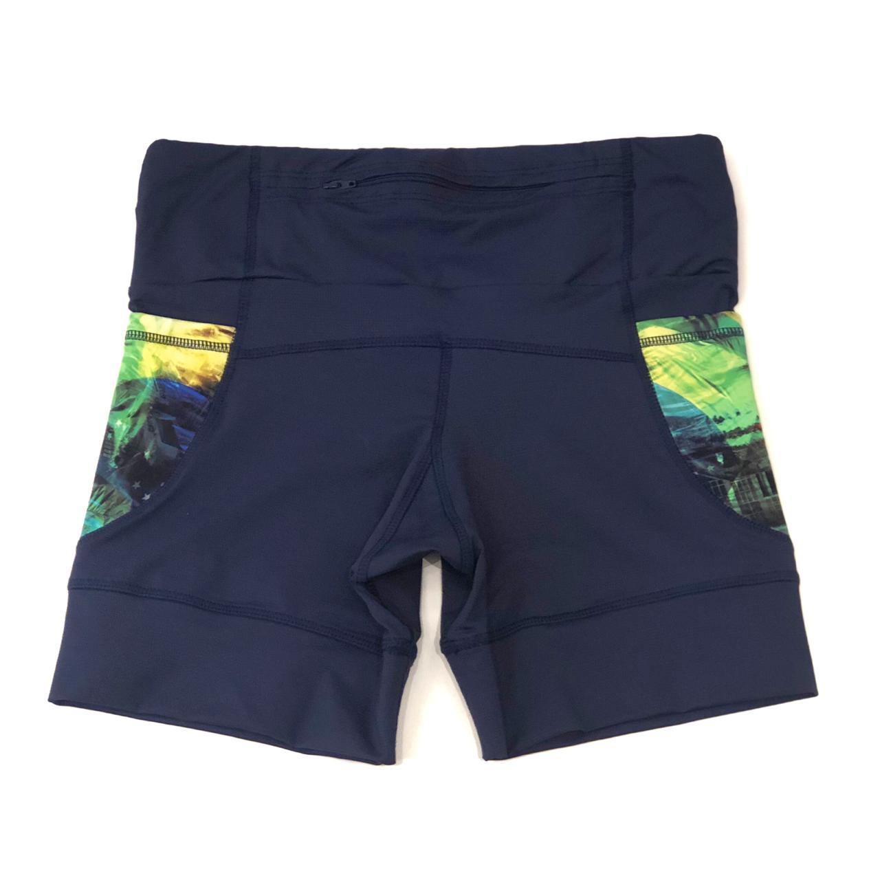 Shorts de compressão 1500 bolsos em compress marinho com bolsos laterais estampa Brasil   - Vivian Bógus
