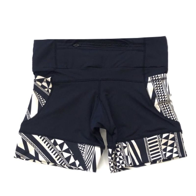 Shorts de compressão 1500 bolsos em compress preto com bolsos e barras estampado   - Vivian Bógus