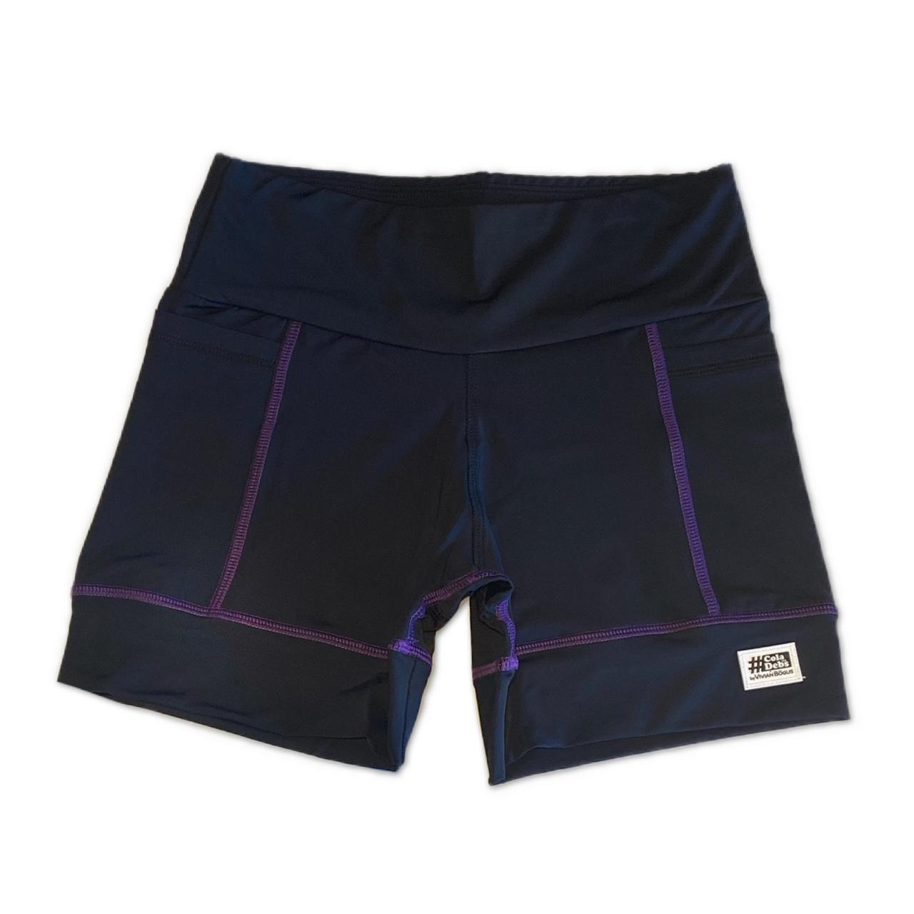 Shorts de compressão 2 bolsos Square em sportiva preto costura roxa  - Vivian Bógus
