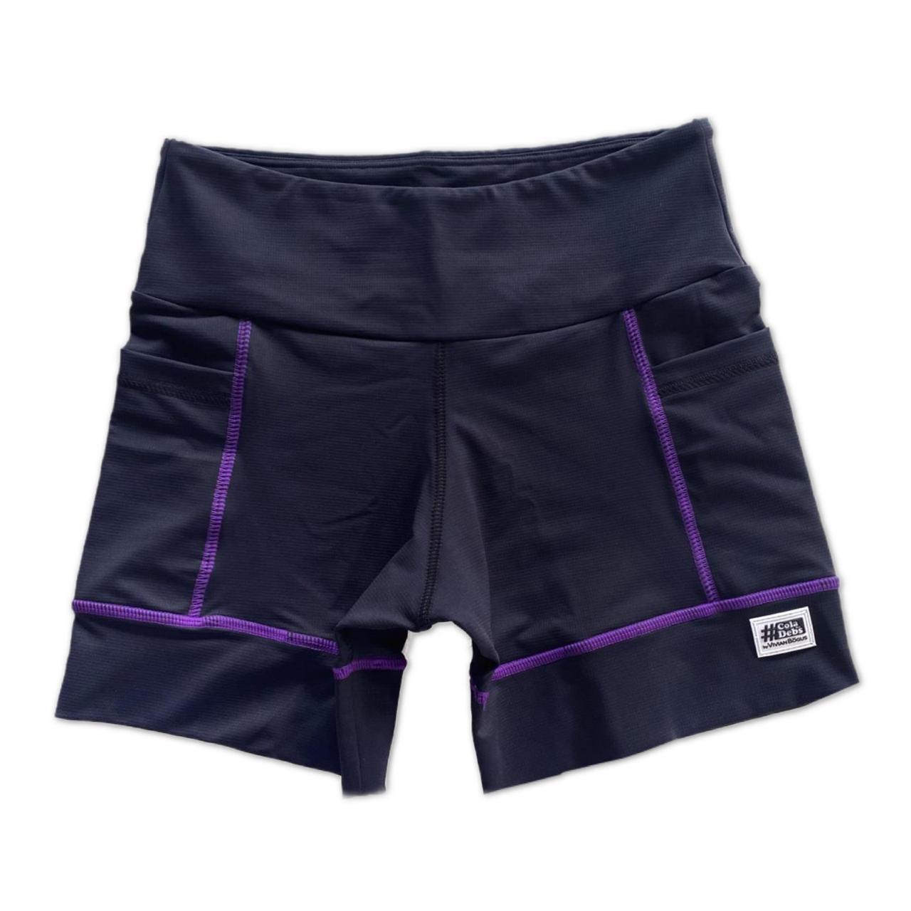 Shorts de compressão square em compress preto com costura roxa  - Vivian Bógus