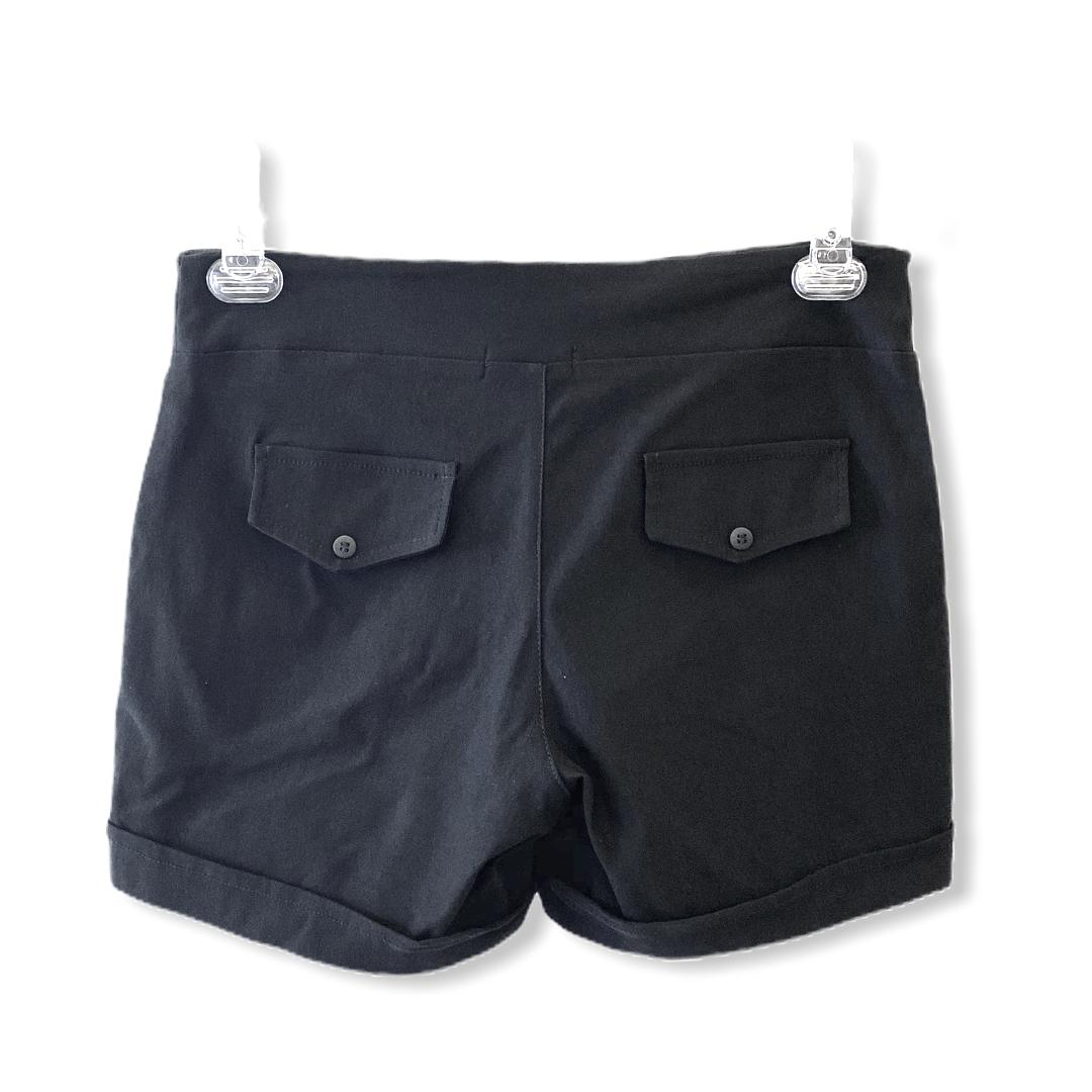 Shorts preto botõezinhos  - Vivian Bógus