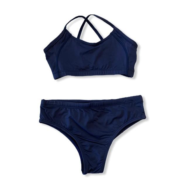 Sunquini em sportiva azul marinho  - Vivian Bógus