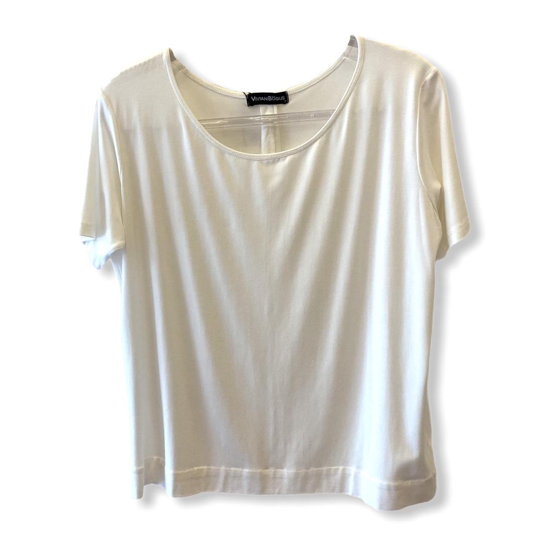 T-shirt basic recorte off white  - Vivian Bógus