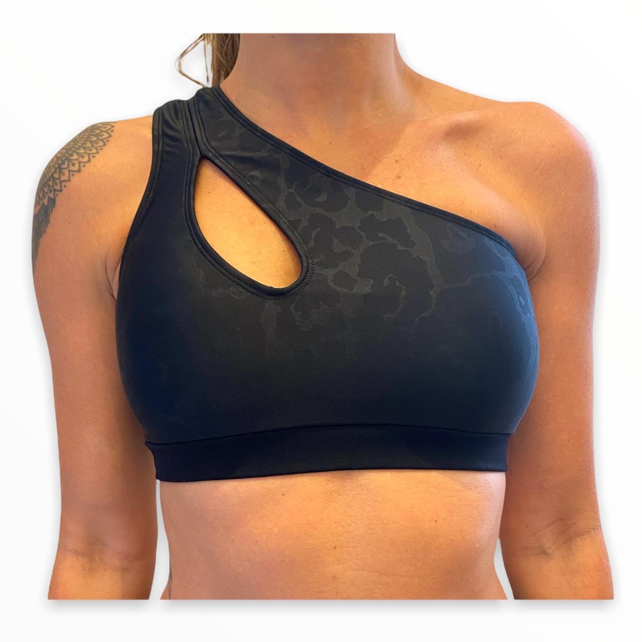 Top GYM preto oncinha de um ombro