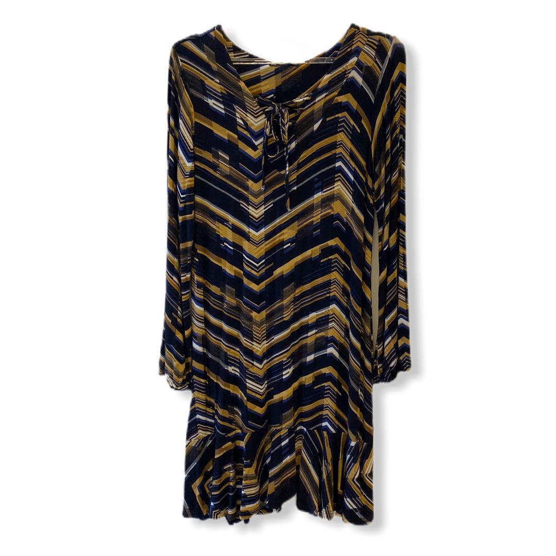 Vestido com amarração decote  - Vivian Bógus