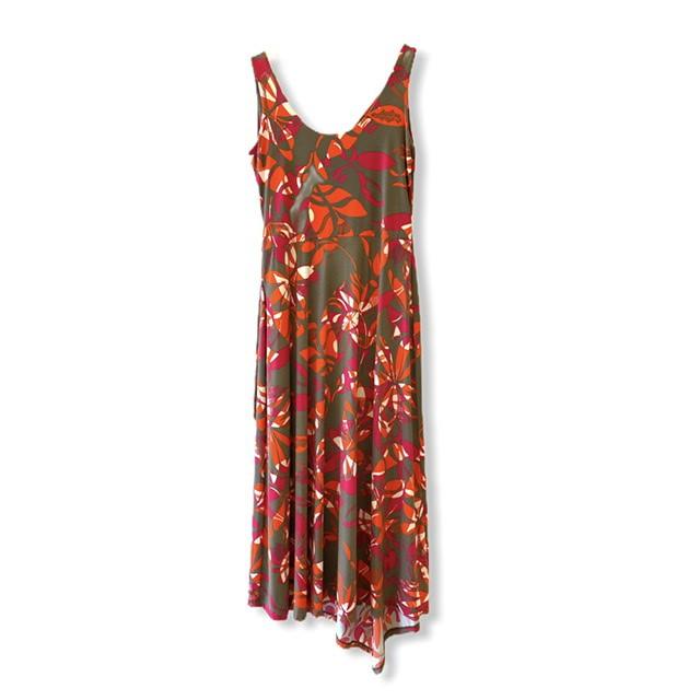 Vestido midi em malha fria estampa floral  - Vivian Bógus