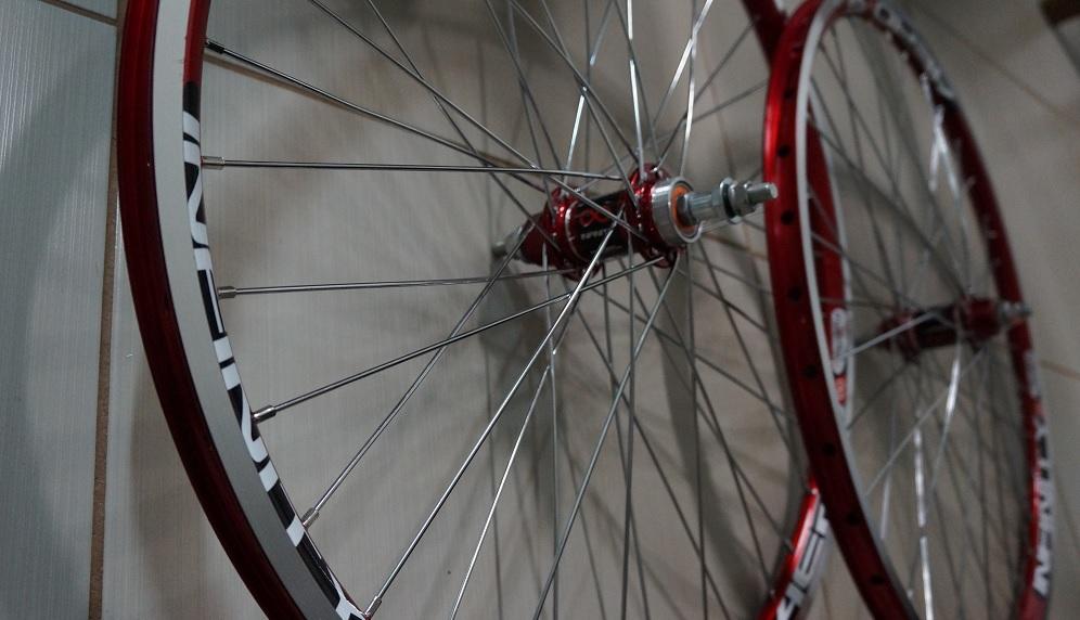 Roda para Bicicleta Aero Infinity R1 Aro 26, 36 Raios Vermelha  - Projema   - ShopNoroeste.com.br