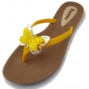 Sandália Rasteira Rasteka Super Confortável - Borboletas Amarela e Prata, Solado Bege e Tiras Amarelas