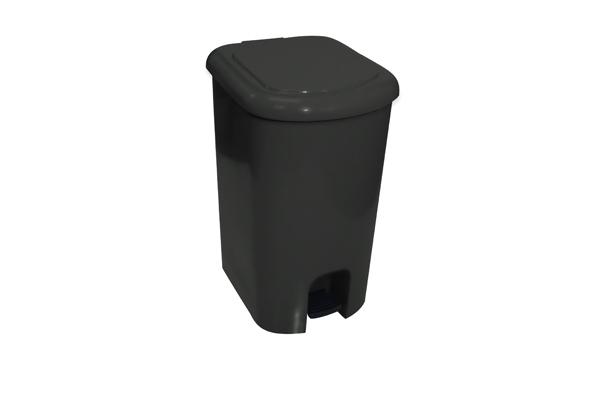 Lixeira com Pedal Preto 50 Litros - Só Lixeiras  - ShopNoroeste.com.br
