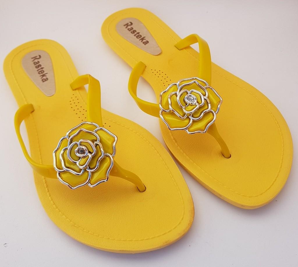 Sandália Rasteira Rasteka Super Confortável Amarela Flor Amarela e Prata  - ShopNoroeste.com.br