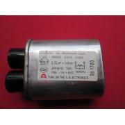 CAPACITOR DE MICRO ONDAS CH85.21070.2100V.AC 0.70uF ± 3% B 50/60Hz -10 À +85º CTIRADO