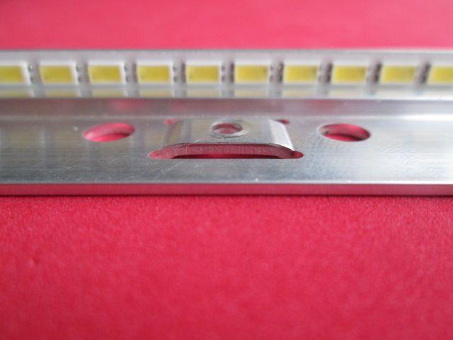 BARRA DE LED SAMSUNG 2011SVS40_6.5K_V2_4CH_PV_RIGHT72