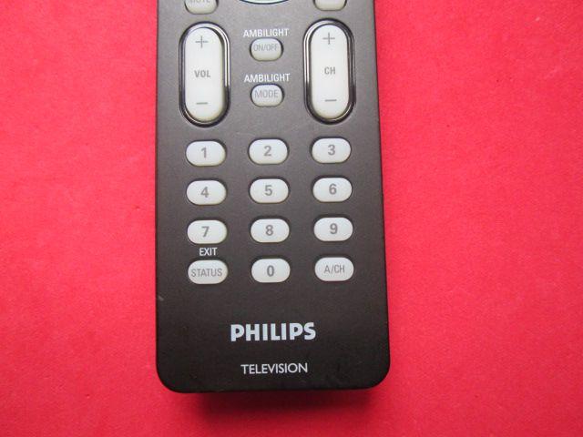 CONTROLE REMOTO ORIGINAL PHILIPS TELEVISION AMBILIGHT SEMI NOVO