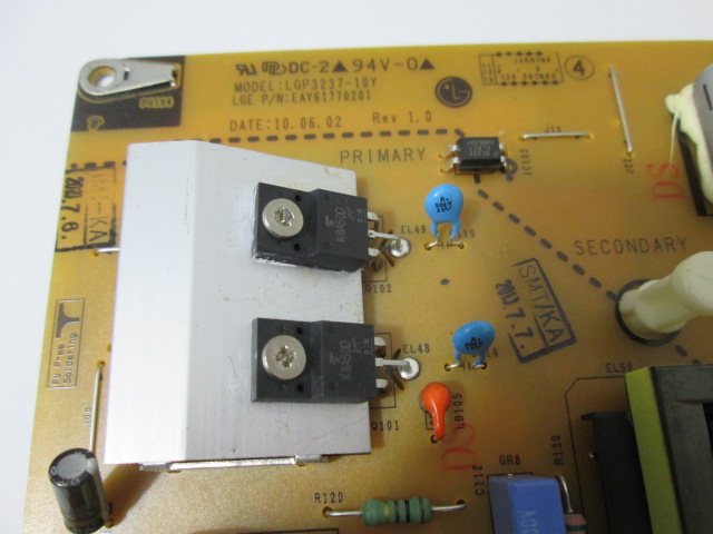 PLACA FONTE LG COM PONTA QUEBRADA MODELO 32LE5300 EAY61770201 3PAGC10033A-R LGP3237-10Y