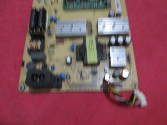 PLACA FONTE PHILIPS MODELO 220TSSL T224WE CÓDIGO 715G3973-P01-W21-003S