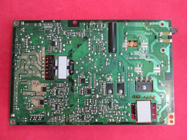 PLACA FONTE SAMSUNG MODELO UN46F5500 CÓDIGO BN44-00611D PEQUENO DANO NA CONEXÃO DE ENERGIA.