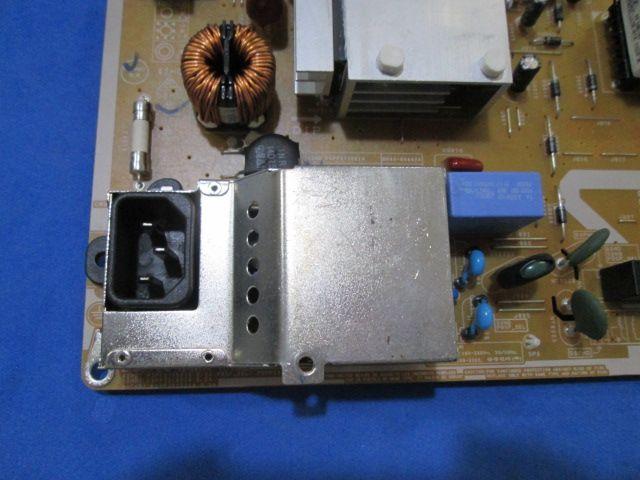 PLACA FONTE SAMSUNG PONTA QUEBRADA MODELO PL43D451A3G / PL51D451 / PL51D491 CÓDIGO BN44-00443A TESTADA E FUNCIONANDO.