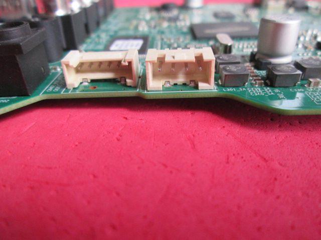 PLACA PRINCIPAL SAMSUNG MODELO UN32J4000 CÓDIGO BN94-11300G