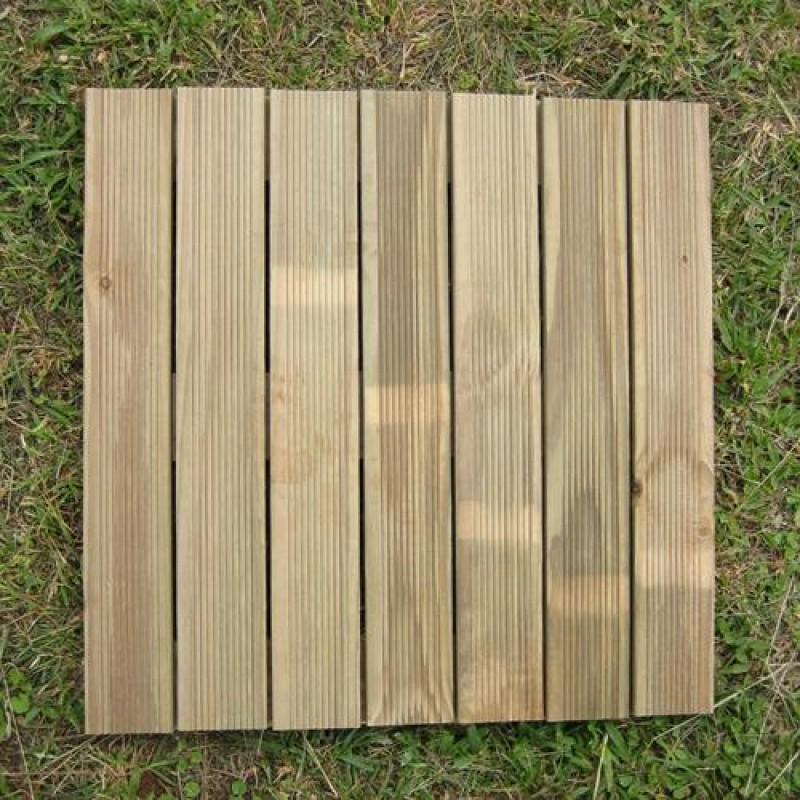 Piso Modular madeira tratada 50x50 cm (01 unidade)
