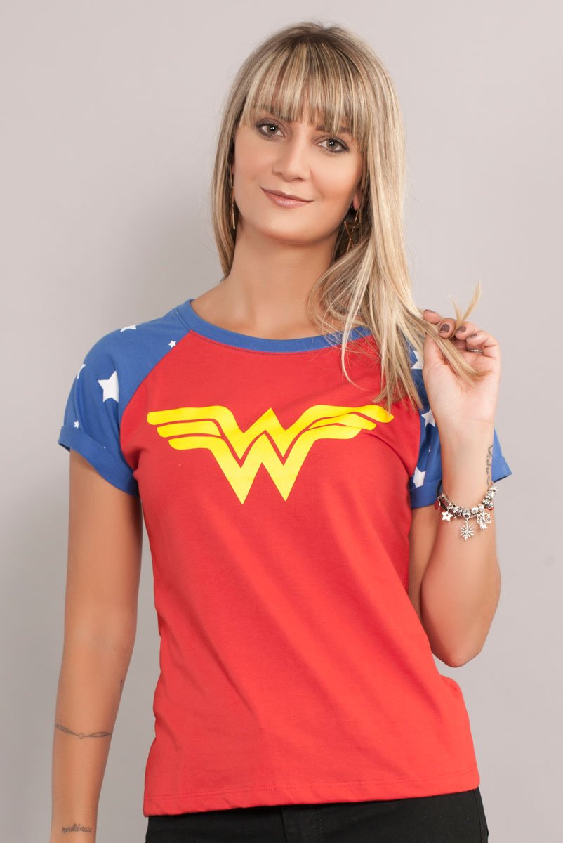 Camiseta Raglan Feminina Wonder Woman Costume