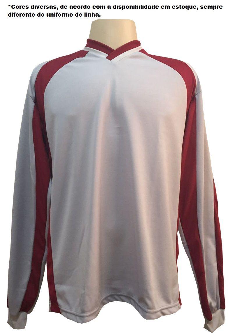 Uniforme Esportivo com 14 camisas modelo Sporting Branco/Vermelho + 14 calções modelo Madrid + 1 Goleiro + Brindes